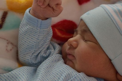 赤ちゃんが授乳中に声を出すのはこんなとき