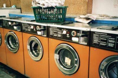 Yシャツを洗濯機で脱水するなら1分?